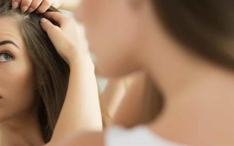 Queda de cabelo em mulheres