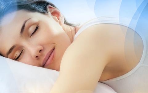 Sono e queda de cabelo: Dormir mal pode causar queda de cabelo